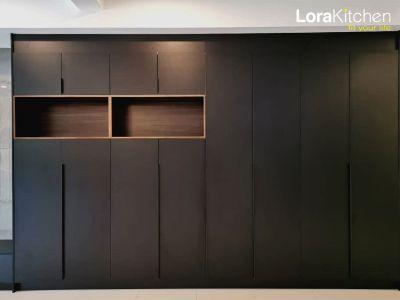 Lora Kitchen Deisign - Display Cabinet